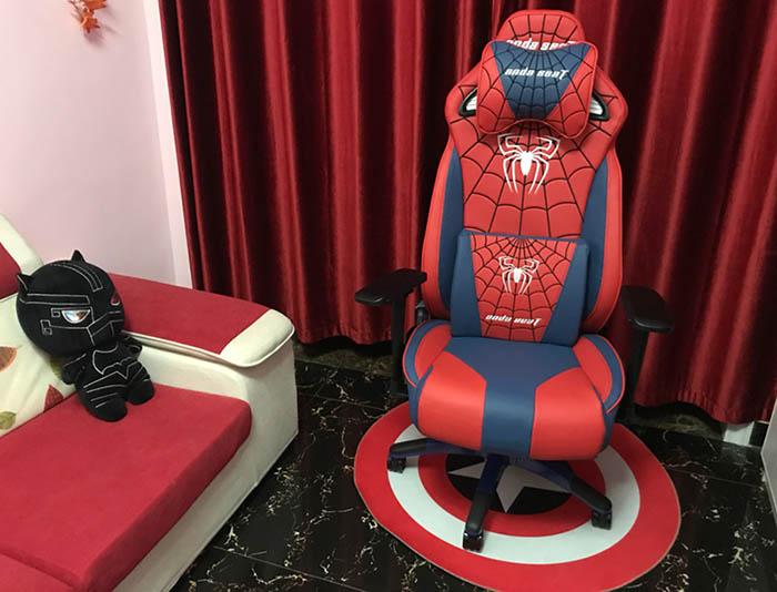 专业电竞游戏椅 蜘蛛王座 高清场景图