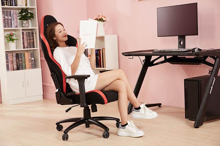办公室电竞椅战神王座高清场景图2