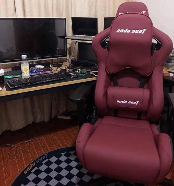 安德斯特赤焰王座电竞椅