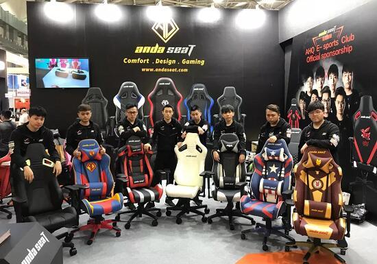 安德斯特电竞椅与AHQ战队